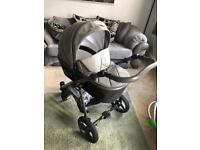Venicci 3 in 1 travel system with isofix base