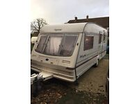 Bailey pagnent champagne caravan 1999 clean with awning