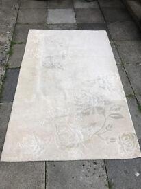 Dunelm cream climbing rose 60% wool rug size 150X240 CM