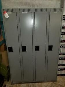 Single Tier Locker - 4 Wide - Only $289!