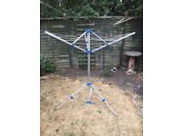 LIGHTWEIGHT ROTARY AIRER BY HIGEAR CAMPING/CARAVAN/MOTORHOME WASHING LINE