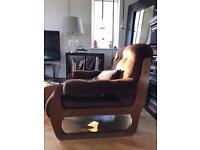 Brown 70s vintage armchairs
