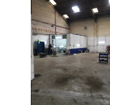 TO LET- Industrial Unit With Secure Yard & Parking. CCTV. 3200sqfeet