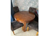 Barker & Stonehouse solid wood extendable table and 6 chairs