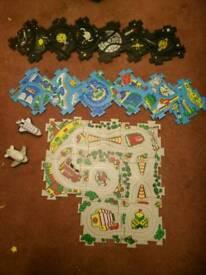 Puzzle track