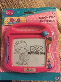 Doc McStuffins Magnetic Sketcher