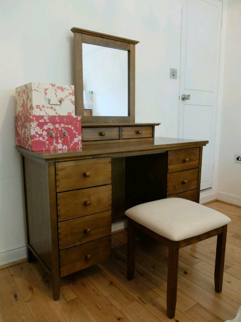 Dressing Table With Mirror And Stool: DREAMS Oklahoma Dark Oak Dressing Table, Mirror And Stool