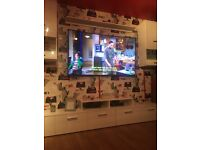 65 TV curved 4K 2000 pounds cheaper. BARGAIN