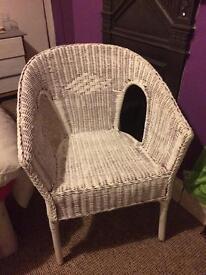 White wicker bucket seat chair