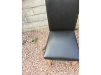nice table and chairs, good size, black chairs, can deliver
