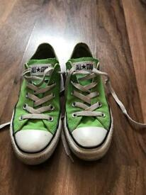 Green Converse size 4