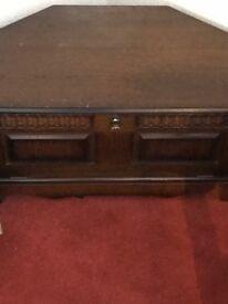 Tv corner unit in oak
