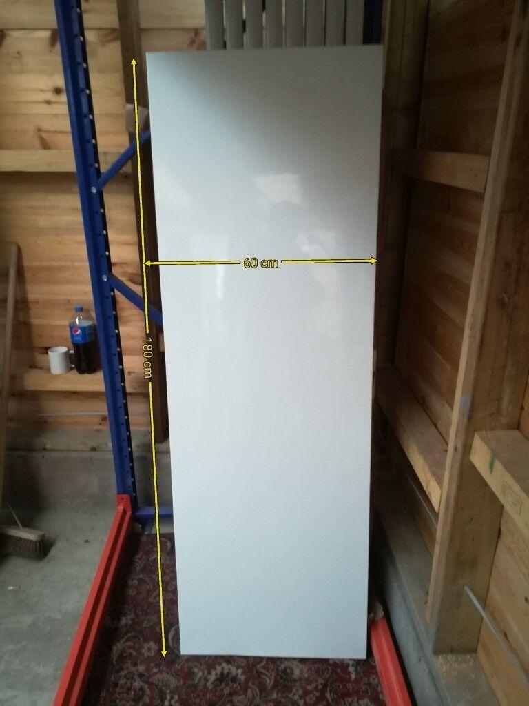 WHITE VERTICAL FLAT PANEL RADIATOR 1800 X 600