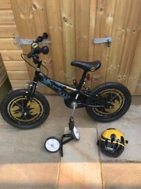 Batman bike, helmet and stabilisers