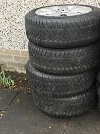 "16"" Dunlop winter tyres"
