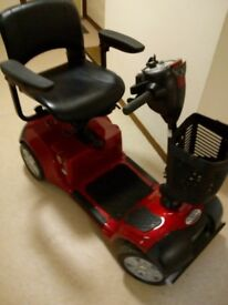mobility scooter mid size only £325