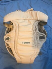 Tomy Freestyle Classic Baby Carrier, Beige