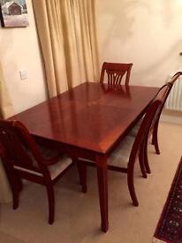 Classic Cherrywood Dining room table, 6 chairs & sideboard