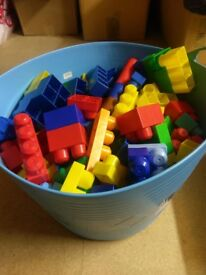 Large tub of mega blocks