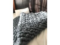 Super chunky soft blanket 60 x 70 inched 100%natural merino-wool free postage
