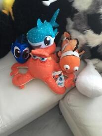 Finding dory plush bundle , new with tags