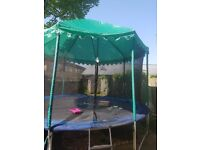 14ft Trampoline With Enclosure and Roof Tent