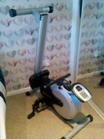 Excerise rowing machine