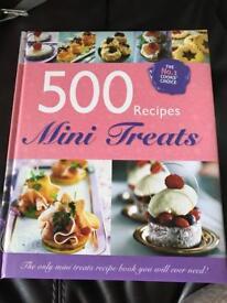 Lovely mini treats book