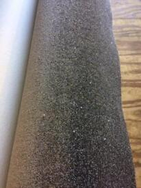 New carpet 3.20 x 4 metres, 10.5 x 13.1 feet.