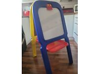 Crayola Kids Easel / Painting / Chalk Board For Sale
