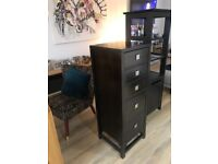 Wooden chest of drawers (tallboy)