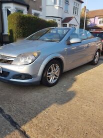 BARGAIN Vauxhall Astra Sport 2007 -1.6 convertible in good condition with full service history 97k