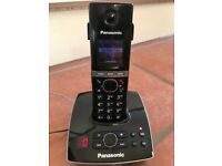 Panasonic House Phone with answer machine. Cordless. Black.