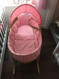 Moses basket with stand & mattress