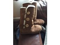 Never been worn, perfect condition Ugg Boots size 37 (4 UK)