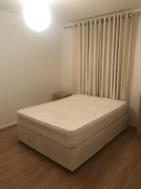Spacious and Affordable Room to Rent in Vauxhall * All Bills Included*