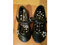 Girl shoes size 8