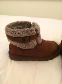 Ugg boots size 41/2