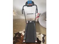 Nero sports motorised treadmill