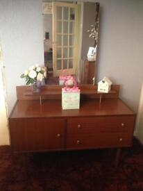 Small dressing table & mirror
