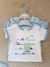 2 x newborn boys tshirts BNWT