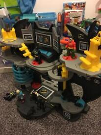 Batman Imaginext DC Batcave