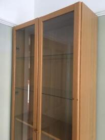 Oak veneer Billy bookcase / display cabinet