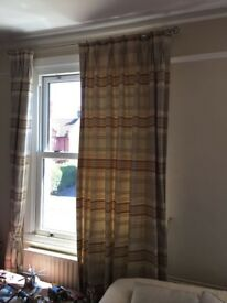 4 Drops of Elys curtains