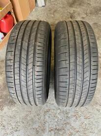 Pirelli P Zero Tyres X2 255-35-22 As New