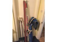 Vintage skis with poles and bag Kastle ES921