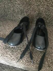 Girls tap shoes size 9