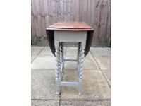 Shabby chic gateleg table