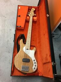 Fender USA Deluxe Dimension V Bass Guitar