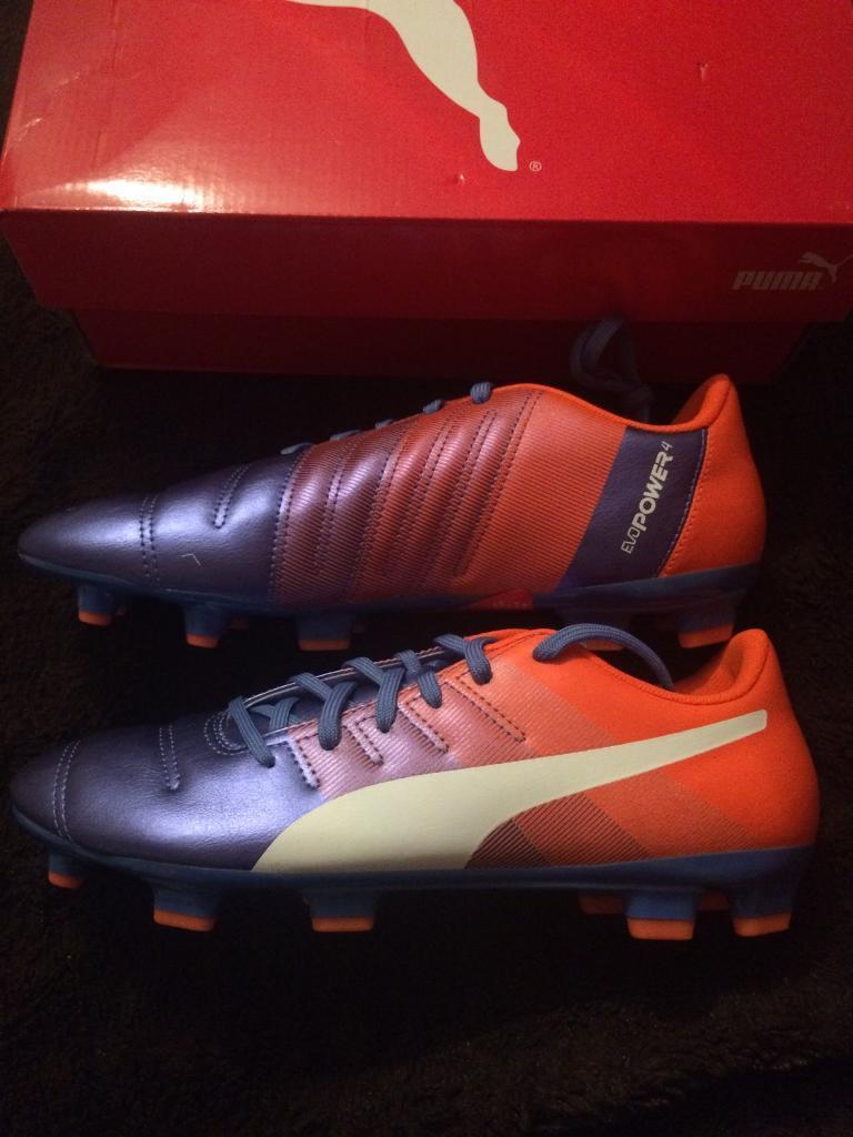 Men's evopower Puma football boots size 8 new in box